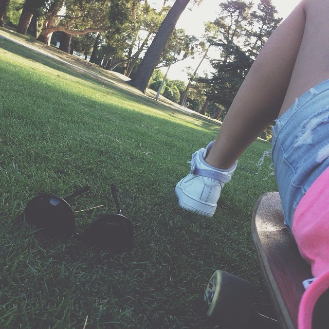 Chillin' #longboard #park #newzealand #christchurch #summer #sunset #skatergirl #nike #airforce #arbor #arborlongboards #shorts