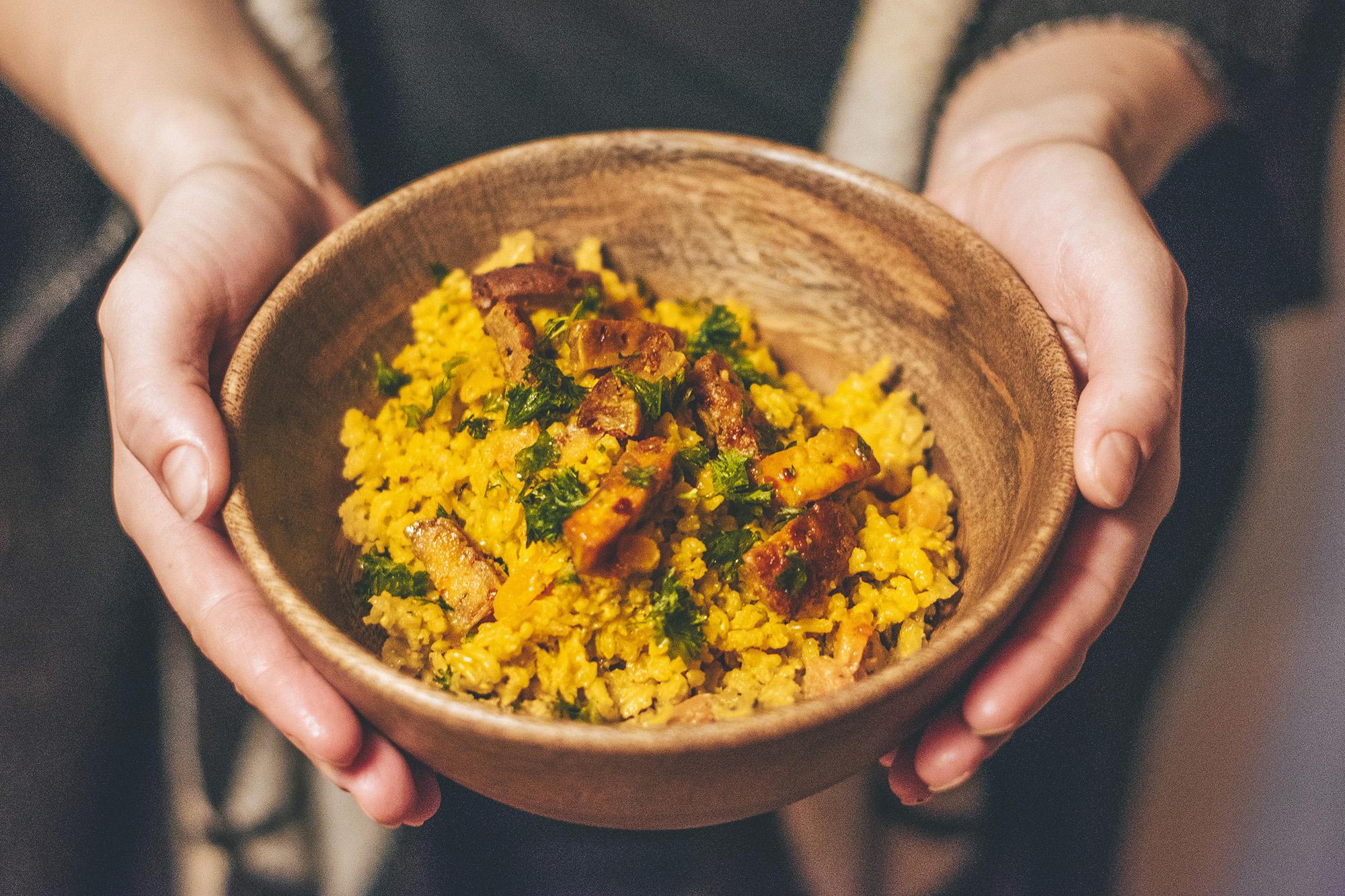 Rýže s kokosovým mlékem a kurkumou